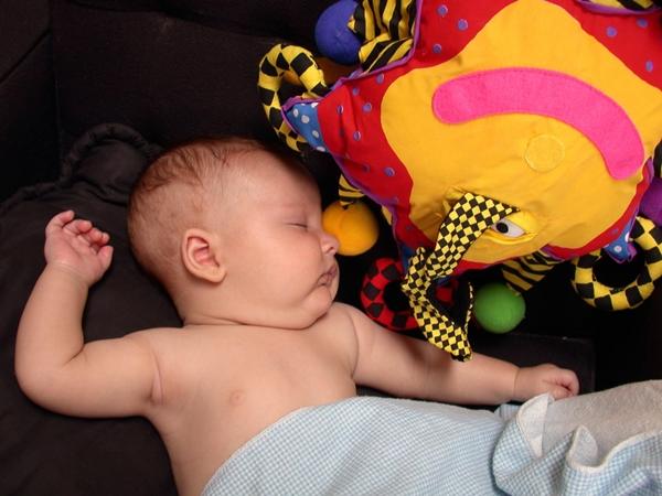 赤ちゃん 寝ている