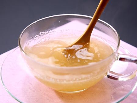 生姜すり黒糖湯