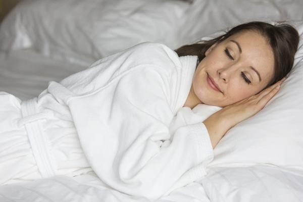 妊婦 横向き寝
