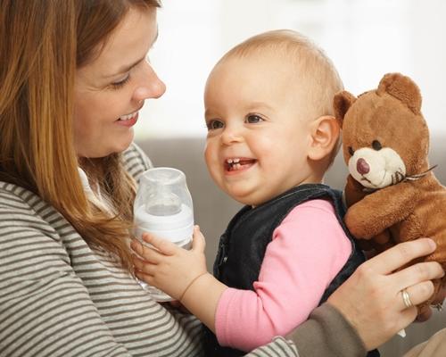 赤ちゃん 哺乳瓶