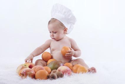 赤ちゃん 食べ物に興味